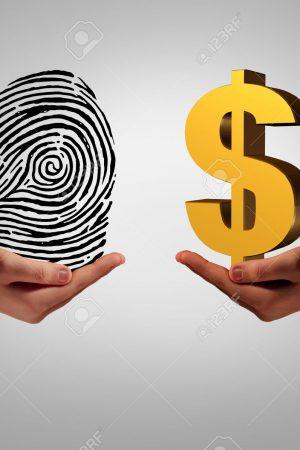 46714601-Los-datos-personales-de-intermediaci-n-concepto-de-negocio-y-la-compra-y-venta-de-informaci-n-person-Foto-de-archivo-min